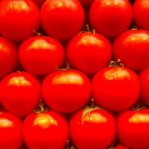 Tomatoes. Image courtesy of Flickr user rightee.