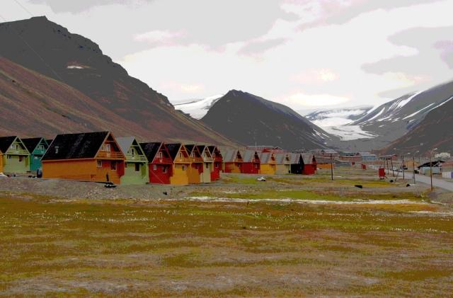 Longyearbyen, Spitsbergen (Gus MacLeod/Flickr).