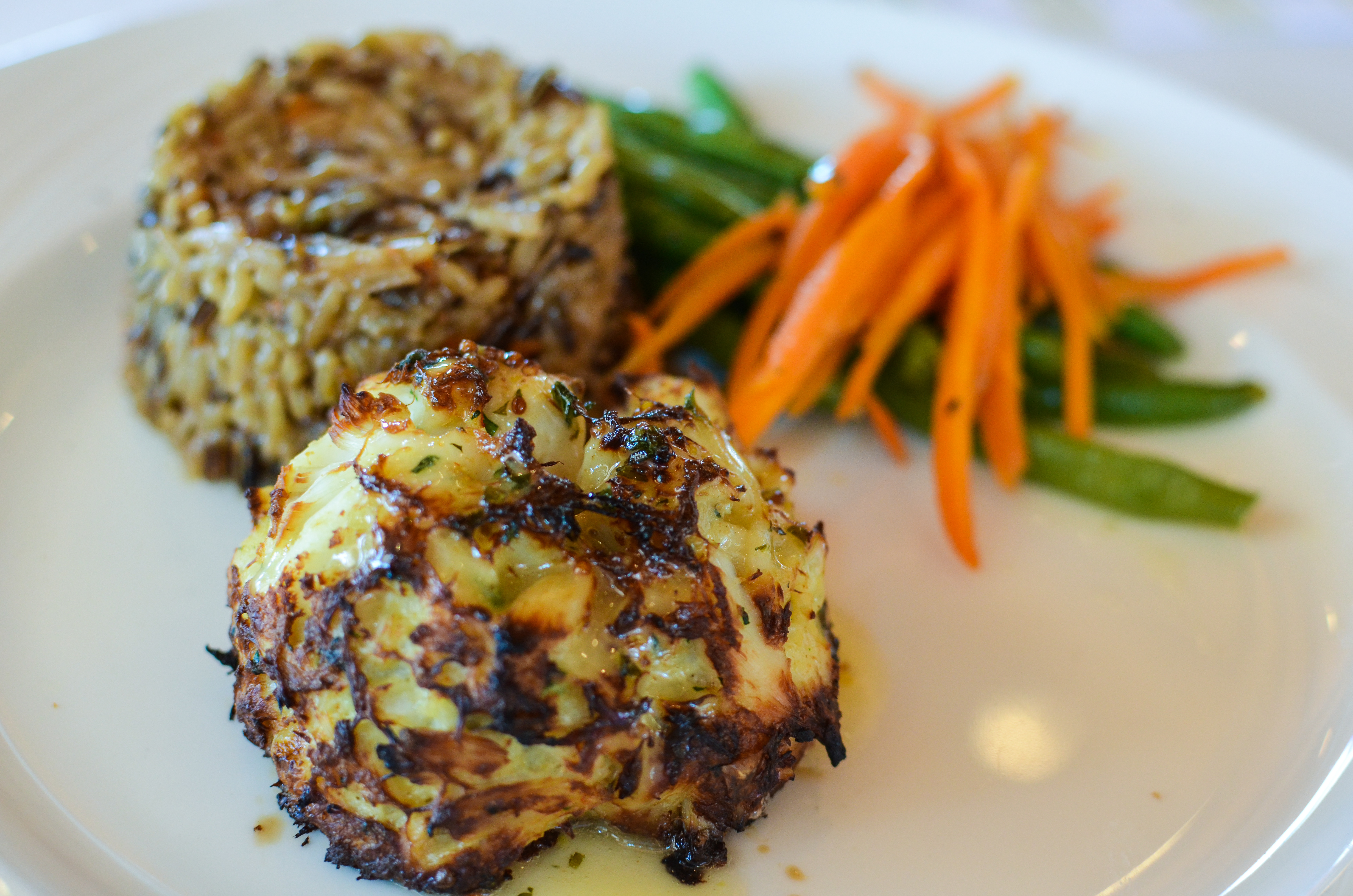 A Maryland crabcake. Source: Flickr/m01229.